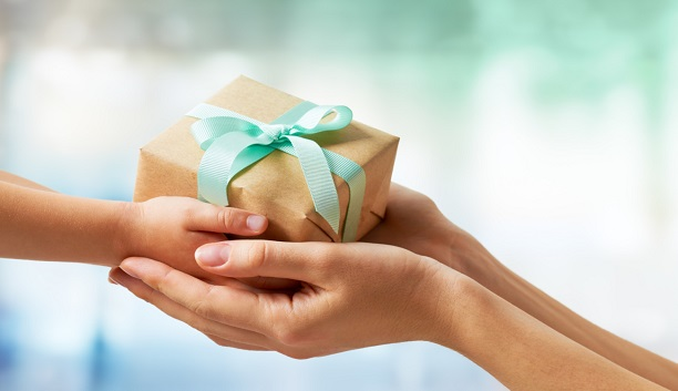 https://www.cervinfamilyoffice.com/wp-content/uploads/2021/05/gift-1.jpg
